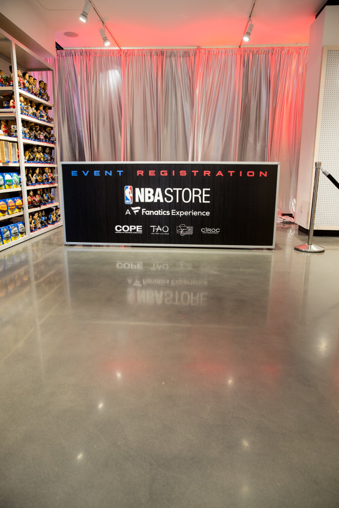 NBA Store AM No Sharp-40